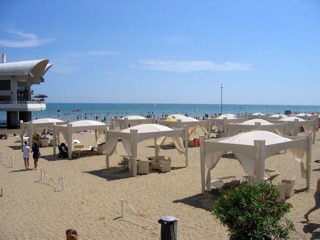 Matrimonio Spiaggia Lignano : Der strand von lignano sabbiadoro